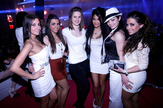 Playboy White Invasion Party v 222 slikah