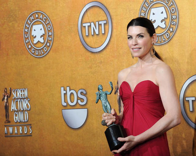 Julianna Margulies na 17. SAG Awards