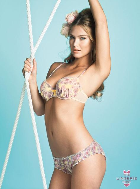 Bar Refaeli kot pin-up dekle za Passionata / vir: The Lingerie Post