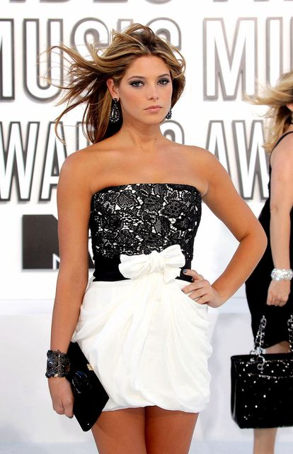Ashley Greene na 2010 MTV VMA-jih
