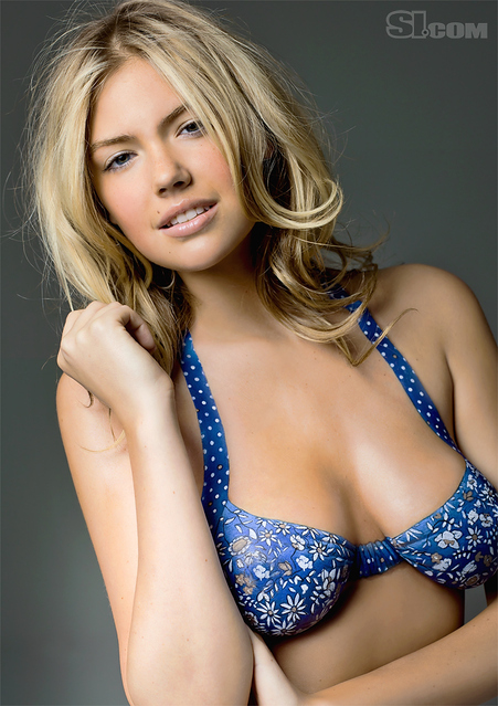 Kate Upton body paint - Sports Illustrated Swimsuit 2011