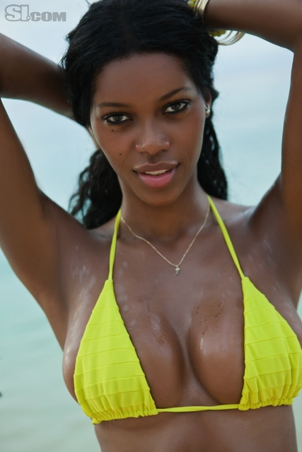 Jessica White v kopalkah - Sports Illustrated Swimsuit 2011