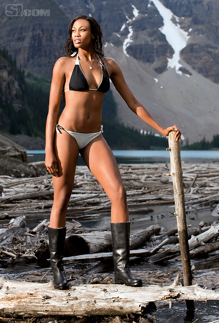 Kim Glass v kopalkah - Sports Illustrated Swimsuit 2011