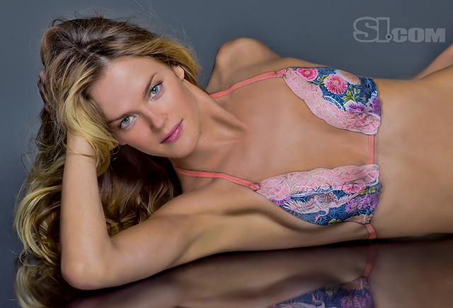 Shannan Click body paint - Sports Illustrated Swimsuit 2011